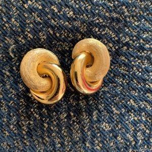 Christian Dior earring